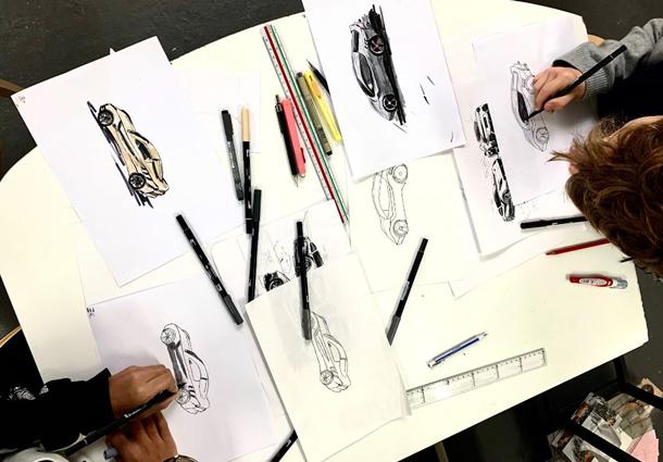 Cours de dessin-enfants-adolescents-designe-voiture-atelier3113-Paris